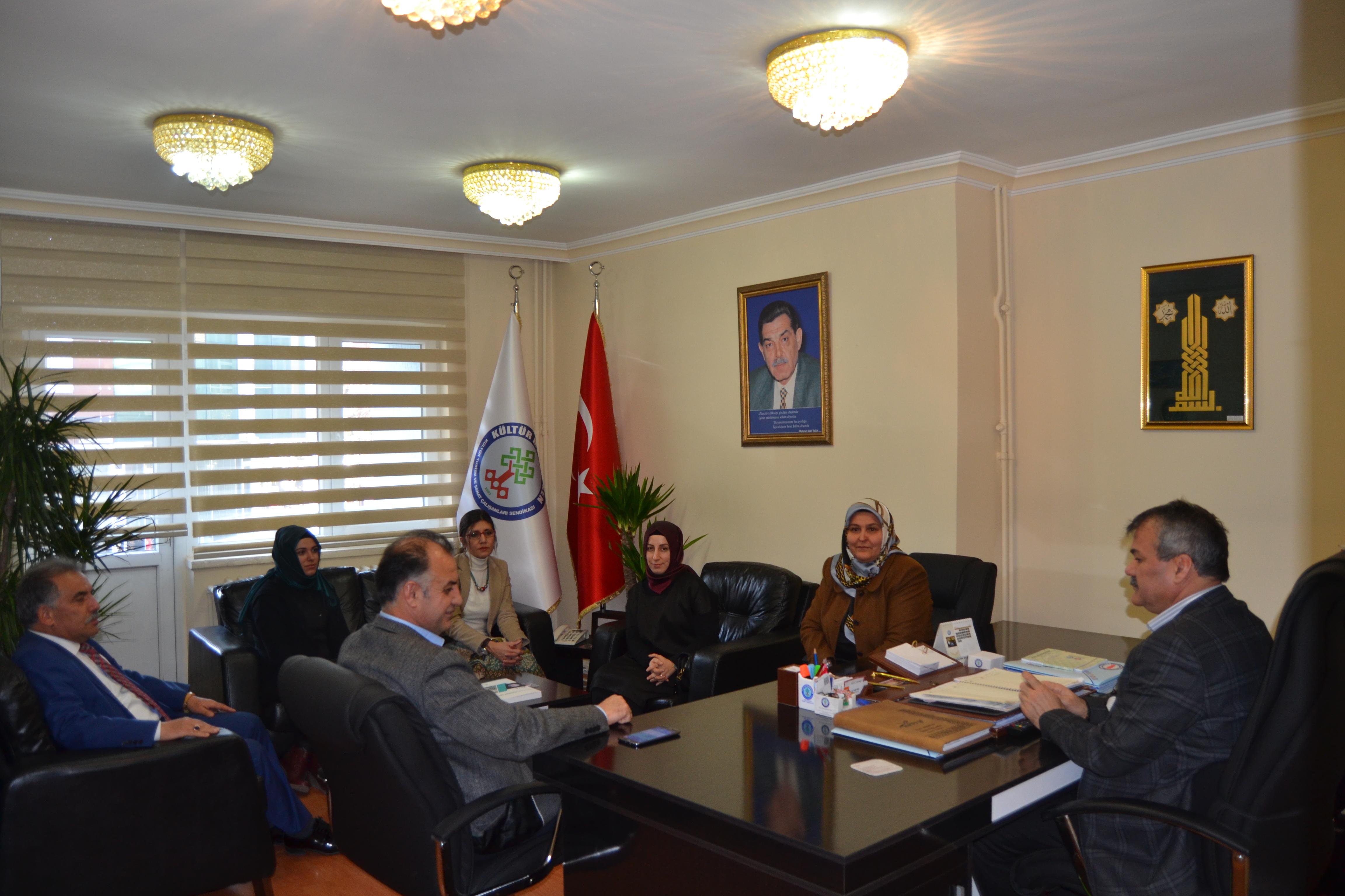 Memur-Sen Kadınlar Komisyonu'ndan Kültür Memur-Sen'e Ziyaret